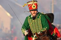 Při loňském ročníku rekonstrukce bitvy se dvě stě padesát francouzských vojáků postavilo proti přesile koaličních vojáků v uniformách ruské a rakouské armády.