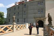 Brno darovalo hradu Veveří milion korun na dokončení jeho oprav.
