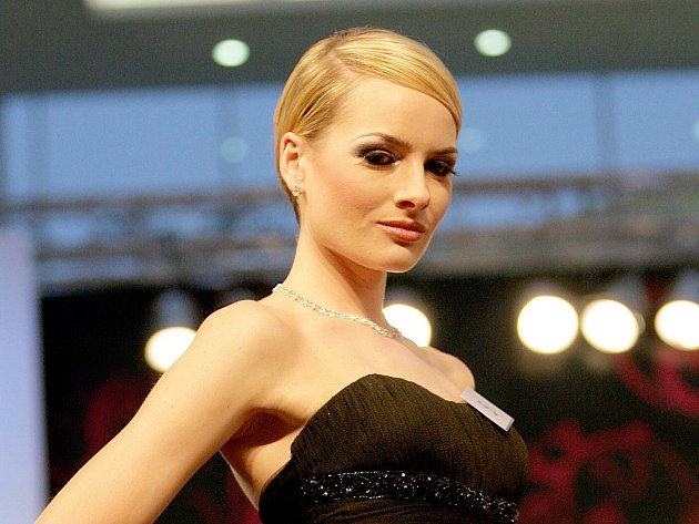 Olympia Brno Czech Make up Master Class 2010.