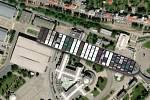 Kontejnerovou loď Ever Given, která téměř týden blokovala Suezský průplav, se podařilo uvolnit. Jak by to vypadalo, kdyby se zasekla v Brně u výstaviště.