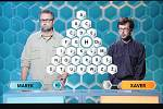 Televizní soutěž AZ-kvíz uvidí diváci na obrazovkách po osmi letech z nové dekorace, s novou vnitřní grafikou i znělkou. Moderátoři a pravidla hry zůstávají stejné.