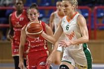 Basketbalistky Žabin proti Slavii Praha