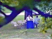 Na snímku brněnského fotografa Jefa Kratochvila z 26.8.1992 jedná Václav Klaus a Vladimír Mečiar ve vile Tugendhat o rozdělení Československa.
