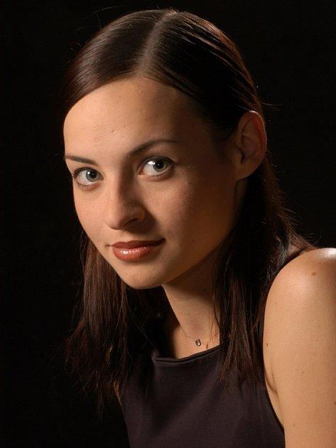 V muzikálu Bídníci roli Cosetty ztvární Radka Coufalová.
