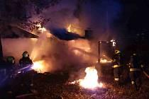 K požáru sauny v brněnské Bystrci vyjížděli jihomoravští hasiči v úterý krátce po osmé večer. Plameny dostali pod kontrolu přibližně za čtvrt hodiny.