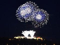 Oblohu nad Špilberkem v sobotu prozářil závěrečný nesoutěžní ohňostroj festivalu Ignis Brunensis. Podívaná nesla název Nebe na zemi podle slov známé skladby Jaroslava Ježka.