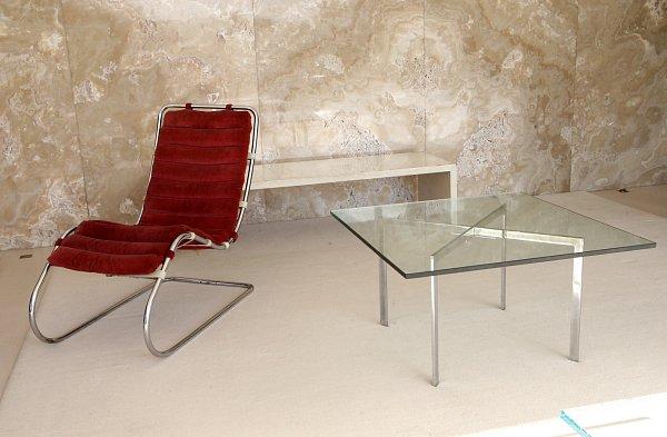 Představení nových kusů originálního nábytku vbrněnské vile Tugendhat.