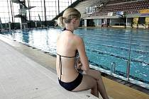 Plavecký bazén v hale za Lužánkami.