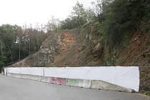 Sanace svahu vedle parkoviště Sokolák u brněnské přehrady