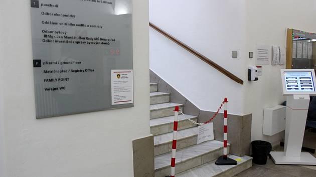 Policisté zasahovali desátého srpna na radnici Brna-středu. Zavřený byl investiční, ekonomický, bytový odbor a odbor správy majetku.