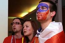 Lidé sledovali utkání mezi Českem a Slovenskem v brněnských barech a restauracích.