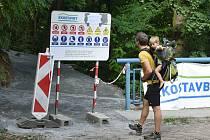 Opravovaná turistická trasa v úseku Junácká louka - Nad Zouvalkou - Kůlny u Brněnské přehrady.