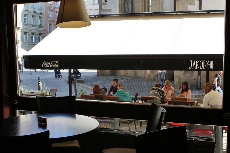 Restaurace JAKOBY na Jakubském náměstí v Brně.