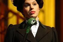 Johana Gazdíková jako chůva Mary Poppins.
