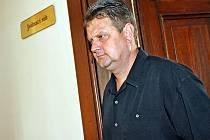 Obviněný Aleš Pinkava u soudu.