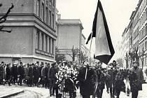 Tryzna za Jana Palacha. Filozofická fakulta - leden 1969.