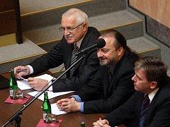 Prezident České republiky Václav Klaus vystoupil před Ústavním soudem proti Lisabonské smlouvě