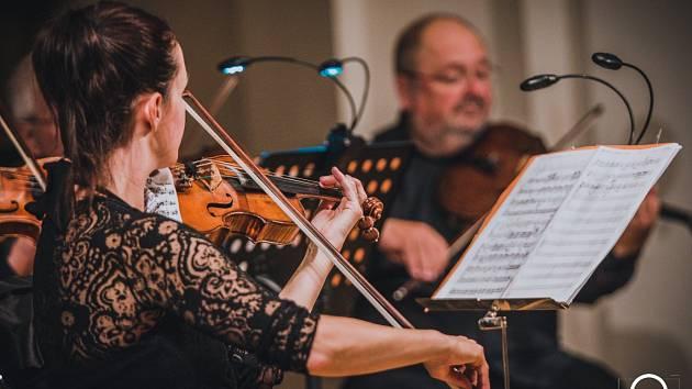Koncert uskupení Czech Virtuosi.