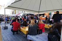 Gastronomický festival Léto v centru Brna na náměstí Svobody.