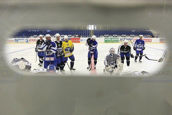 Hokejisté brněnské Komety se po 95dnech vrátili do Kajot Areny a zahájili letní přípravu na ledě.