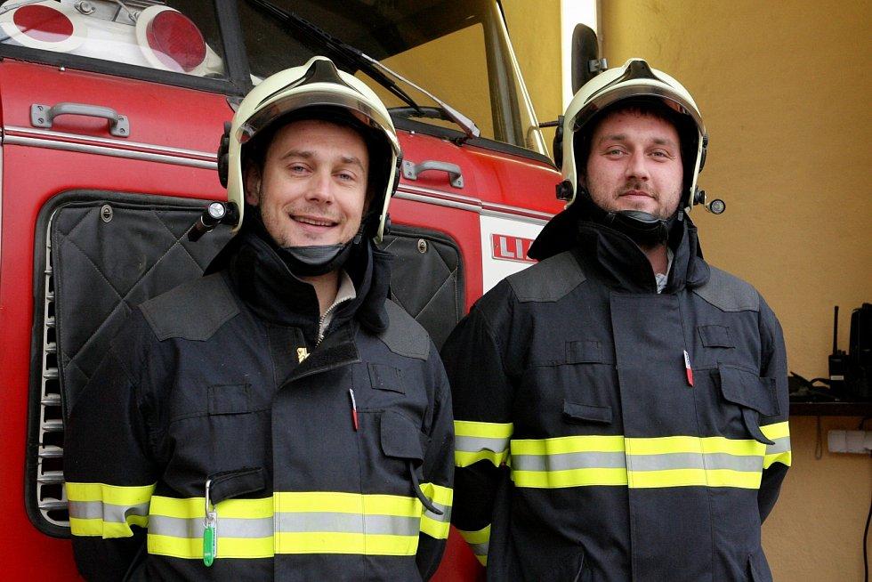 Dobrovolní hasiči z Hostěnic na Brněnsku.