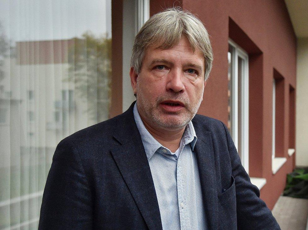 Volební štáb ČSSD v brněnském hotelu Avanti. Na snímku Roman Onderka.