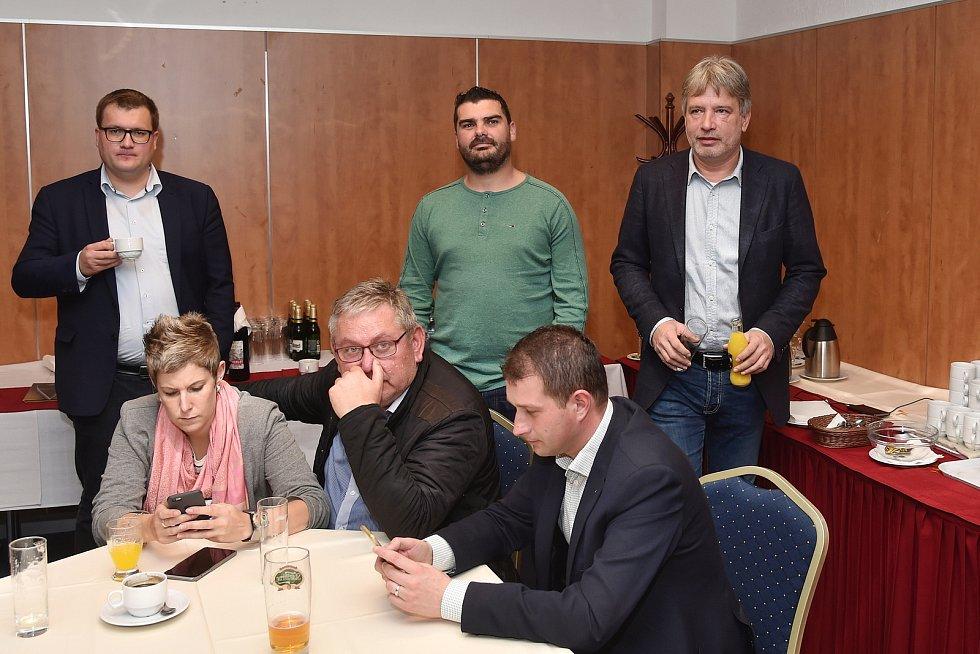 Volební štáb ČSSD v brněnském hotelu Avanti.
