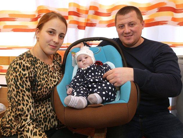 Brněnští lékaři zachránili čtyřměsíční dívku. Kvůli operaci přijela z Ukrajiny.