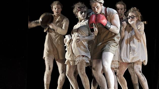 Hannoverská univerzita přiveze na festival Setkání své představení Šatní skříň.