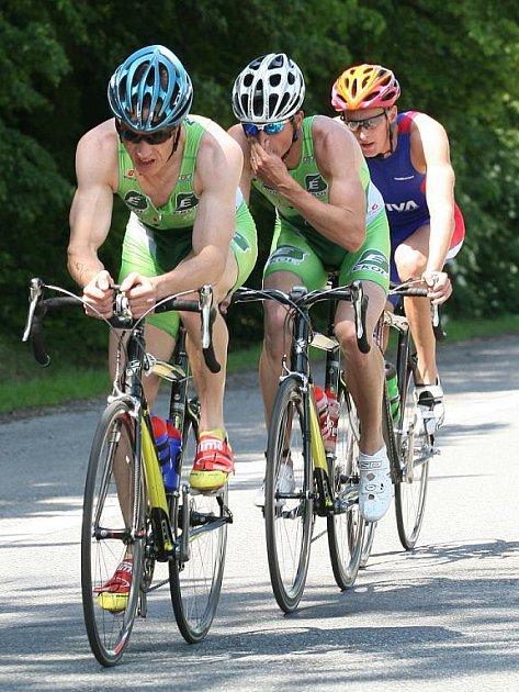 Největší favorité Ekol Superprestige 2009 jsou Martin Krňávek a Filip Ospalý (zepředu).