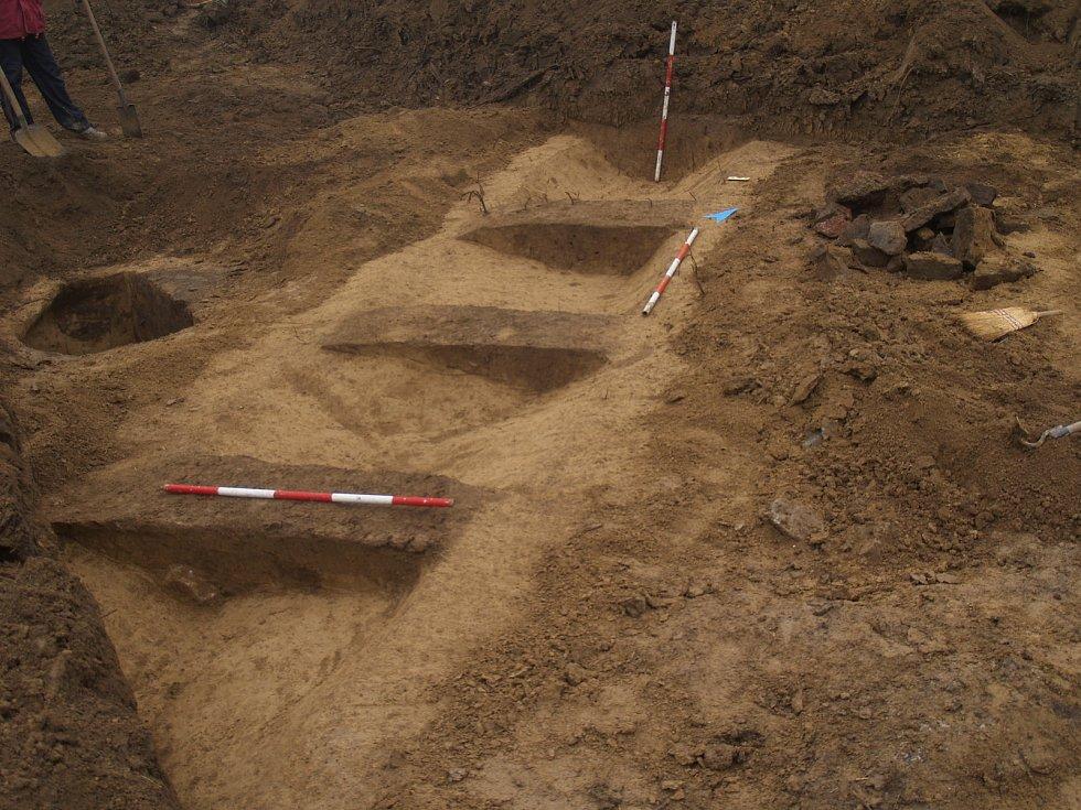Letos v březnu objevili archeologové nálezy z doby bronzové našli archeologové v Líšni v Brně.
