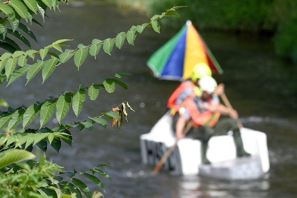 Festival Překročme řeku na černovickém nábřeží v Brně u řeky Svitavy.