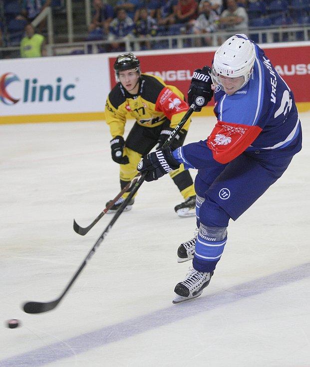 Třetí zápas, třetí výhra. Hokejisté brněnské Komety v domácím utkání Ligy mistrů finské Kuopio porazili 3:2 v prodloužení.