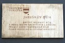 Jaruškův dům Palackého třídě v Brně.