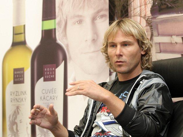 Pavel Nedvěd se stal tváří vína.
