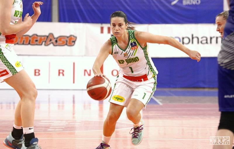 Basketbalistky KP Brno (Rebecca Aklová) mají v této ligové sezoně po třech zápasech stoprocentní bilanci. Foto: David Titz