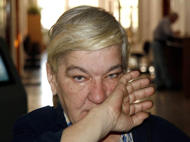 Marcela Menšíková možná skončí bez střechy nad hlavou. Úředníci zamítli její žádost o převedení nájmu.