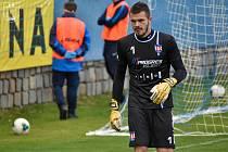 Brankář Pavel Halouska zaznamenal svá první utkání v líšeňském dresu poté, co mezi třemi tyčemi vystřídal Jana Vítka.