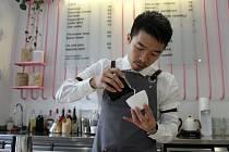 Duc Minh Nguyen s kamarádem si otevřeli před nedávnem v Brně kavárnu.