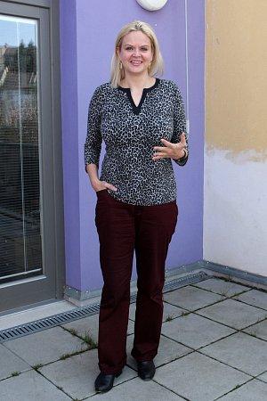 Devětatřicetiletá Katarína Klamková obětovala práci sromskou menšinou téměř dvě desetiletí. Vidí vní přidanou životní hodnotu.