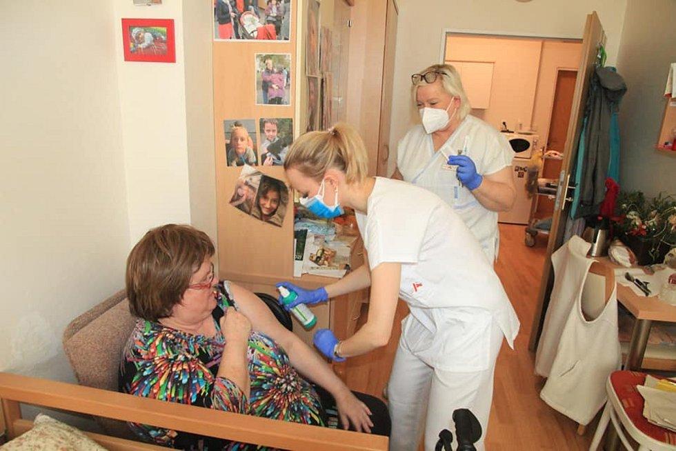 Očkování klientů v brněnských domovech důchodců.