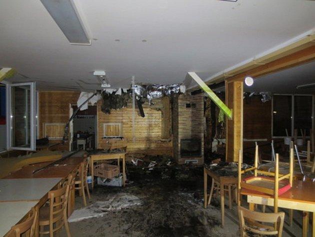 V Nevojicích na Vyškovsku o víkendu vzplála kuchyň v dětském táboře.