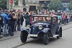 Kolona šestadvaceti historických vozů z brněnského technického muzea dvě hodiny kroužila v sobotu odpoledne centrem města při akci nazvané Muzeum v pohybu.