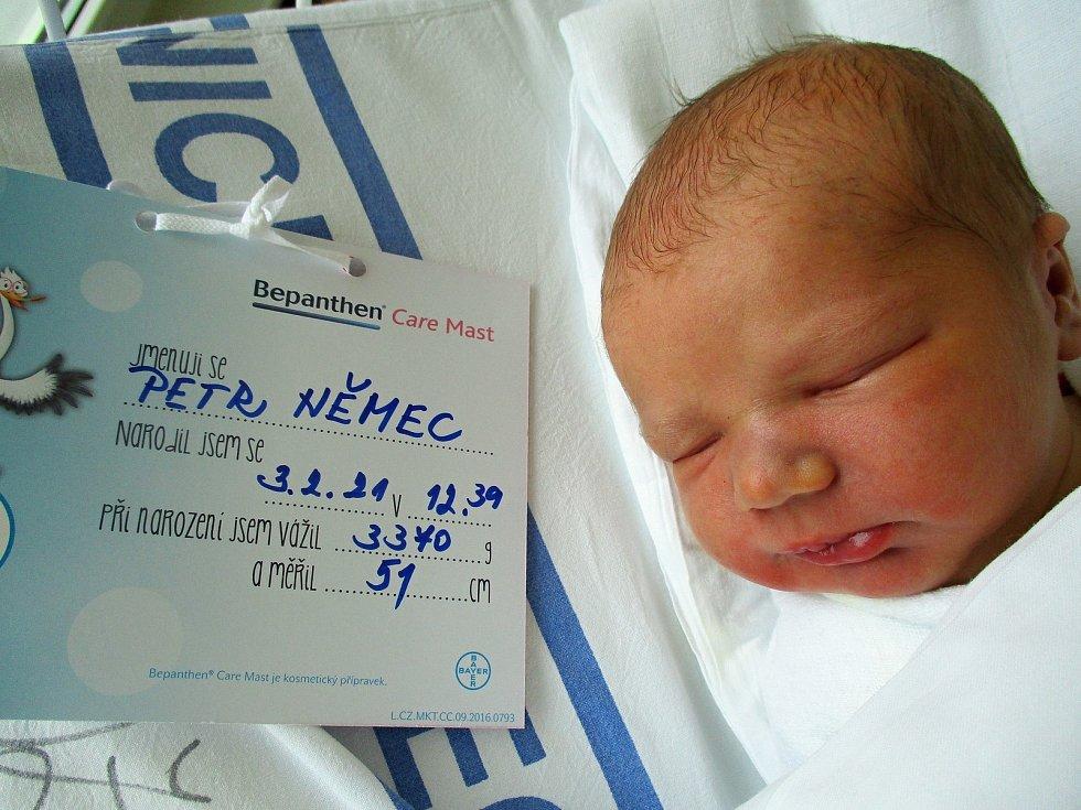 Petr Němec, 3. 2. 2021, Břeclav, Nemocnice Břeclav, 3370 g, 51 cm