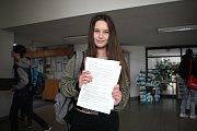 Dva roky je vybrané střední školy testovaly, letos už byly povinné pro všechny. Na celé jižní Moravě ve středu začaly jednotné přijímací zkoušky na střední školy s maturitou.