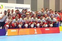 Splnili, co si předsevzali. Čeští inline hokejisté v sestavě s hráčem Mission Roller Brno Patrikem Šebkem vybojovali na uplynulých Světových hrách v polské Vratislavi zlaté medaile.