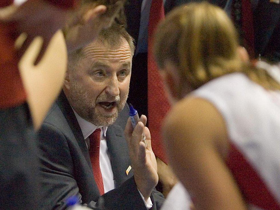 Mistrovství světa v basketbale - kouč českých basketbalistek Lubor Blažek.
