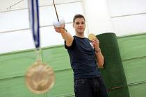 Brněnský šermíř Alexander Choupenitch.