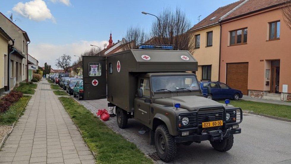 Kvůli chytré karanténě dorazilo v květnu na jižní Moravu pět armádních odběrových týmů.