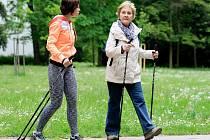 Nordic walking. Ilustrační foto.